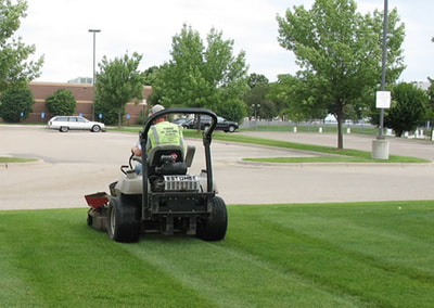 Lawn Mowing  Commercial  Property Southlake, Texas